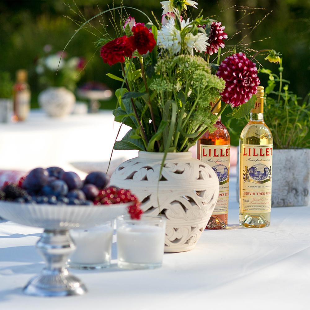 009 pernod ricard sommer picknick lillet blumen blumenhandwerk muhr beeren white party dekoration